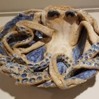 Beskin, Mara_Octopus Bowl_Clay Raku